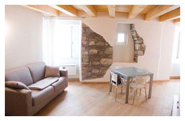 Casa trauner residence appartamenti vacanze a trieste for Appartamenti in affitto asiago centro